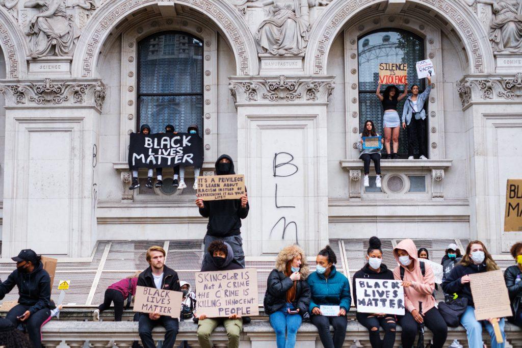 6 Isu Mengenai Hak Asasi Manusia Yang Ada di Inggris